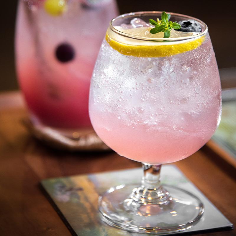 https://www.barle88.com/wp-content/uploads/2021/05/photo-cocktails2.jpg